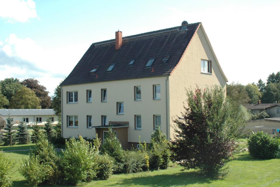 Alte Dorfstr. 9
