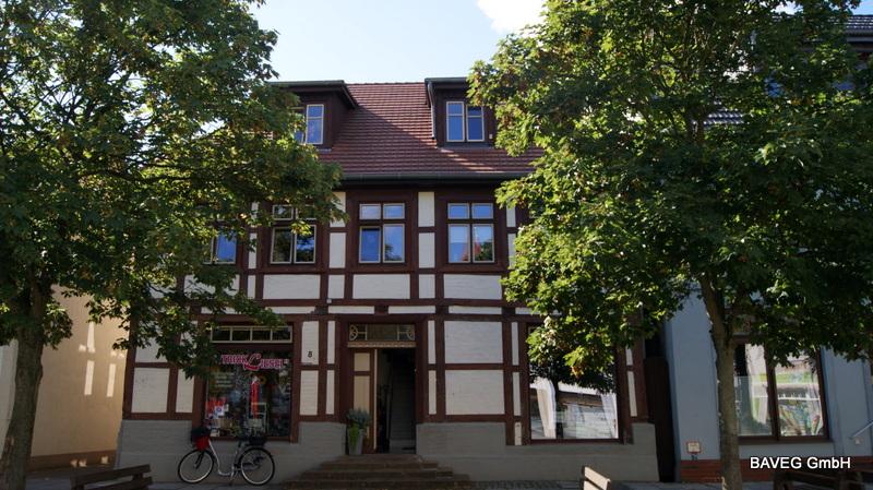 Lindenplatz 8